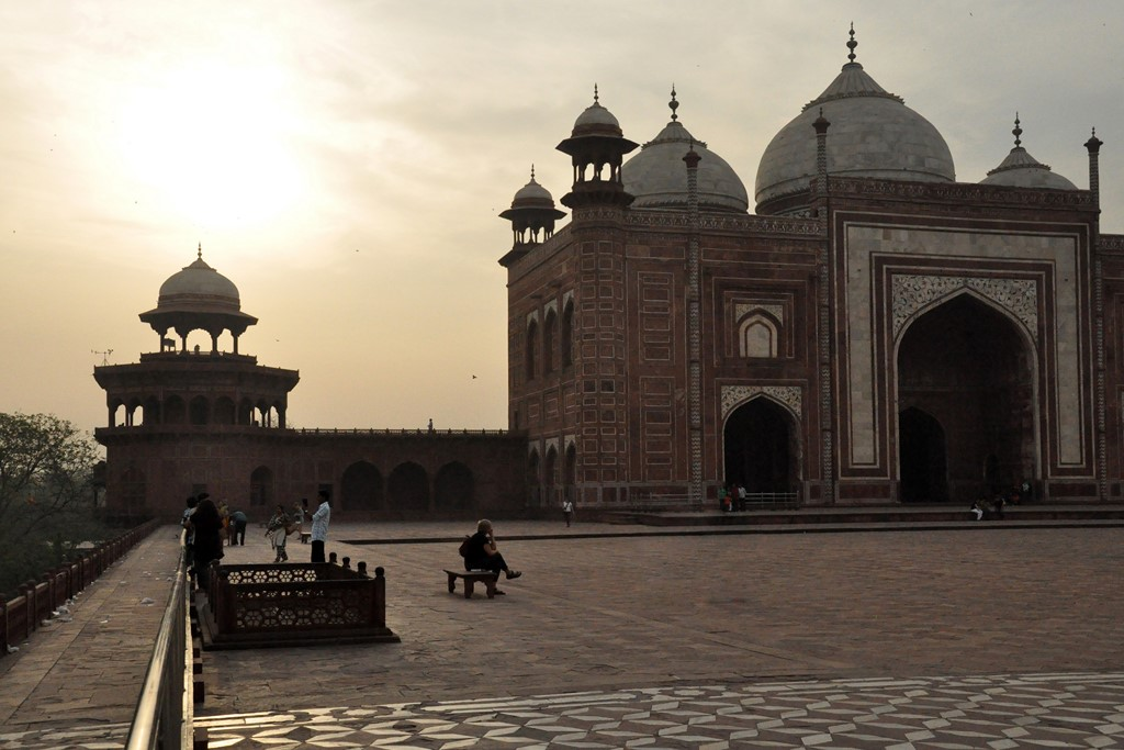 01-Premices-Agra